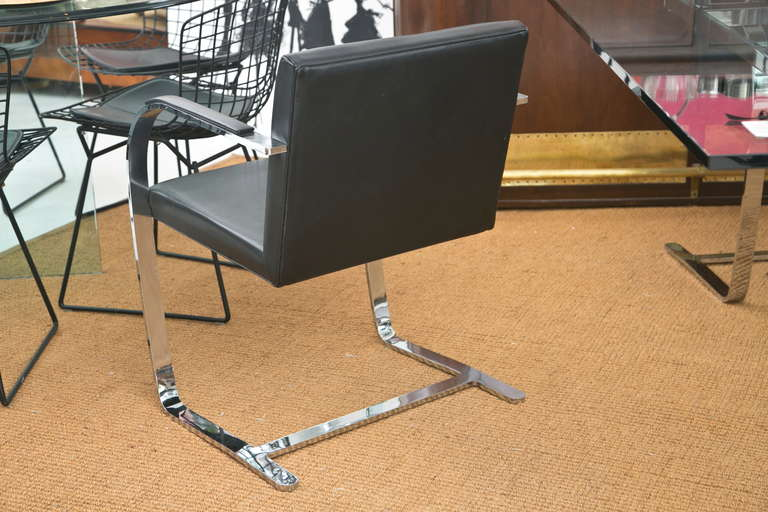 Mid-20th Century Brno Chair by Ludwig Mies van der Rohe for Knoll For Sale