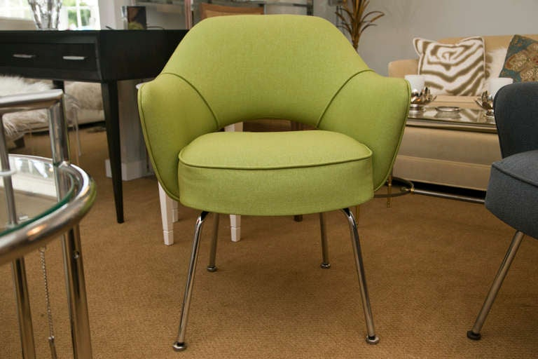 Saarinen Executive Arm Chair In Green Microfiber For Sale At 1stdibs
