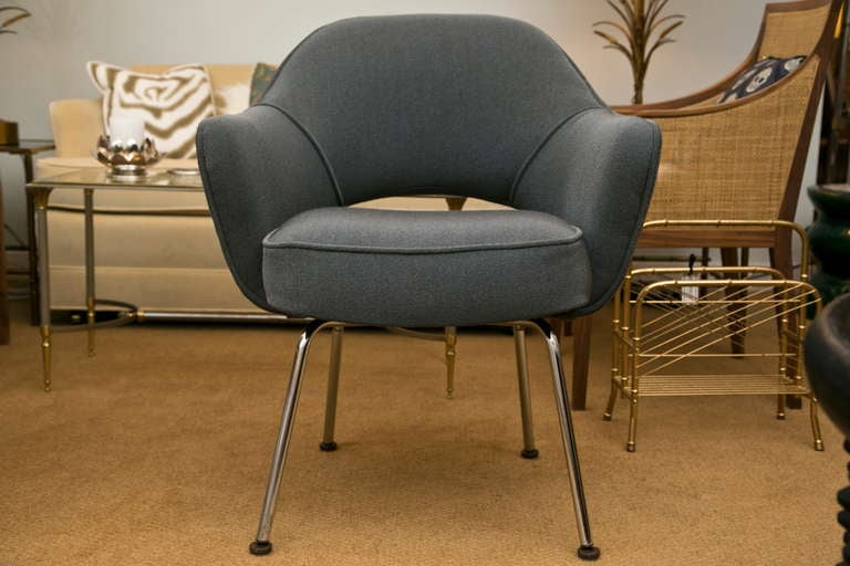 Saarinen Executive Armchair Vintage Knoll Charcoal For