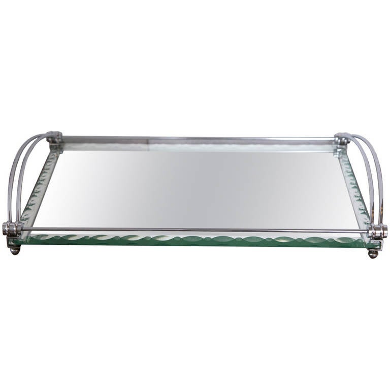 Art deco mirrored serving or vanity tray at 1stdibs for Mirrored bathroom tray