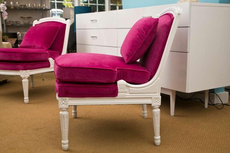 Plum Velvet Salon Chair 3