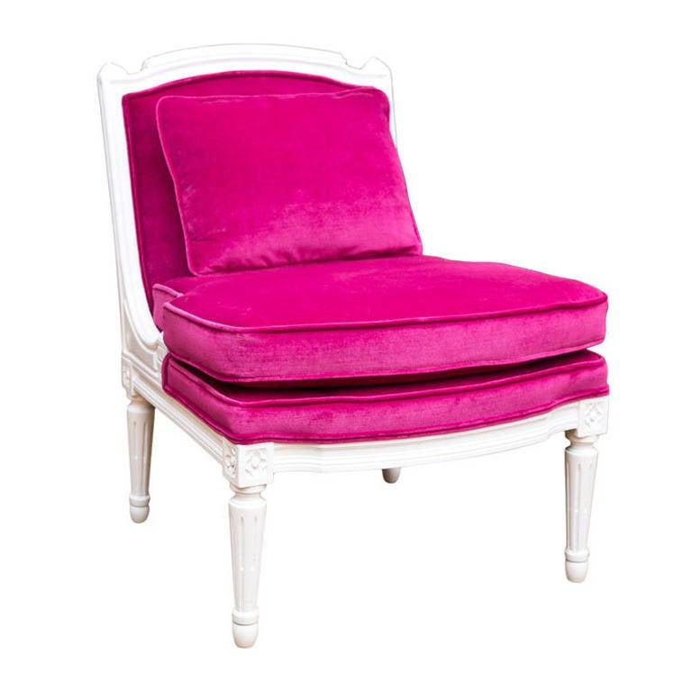 Plum Velvet Salon Chair 1