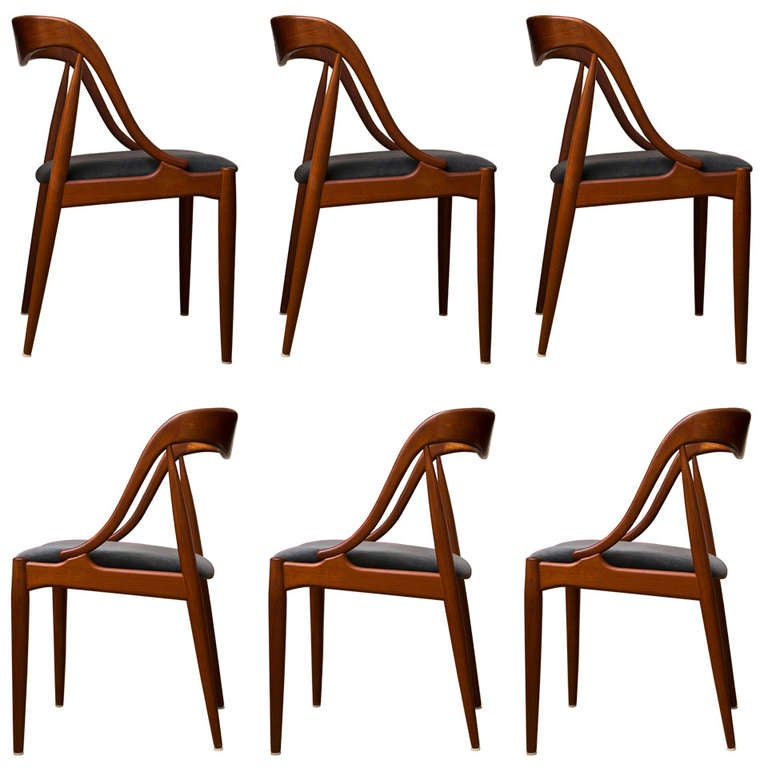 Set Of Six Johannes Andersen Chairs At 1stdibs