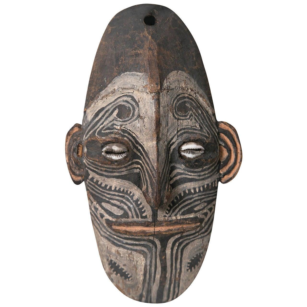 Talisman Mask Papua New Guinea At 1stdibs
