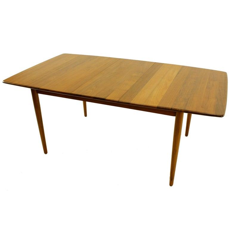 Danish Modern Solid Plank Teak Dining Table Designed by JL  : 1043l from www.1stdibs.com size 768 x 768 jpeg 27kB
