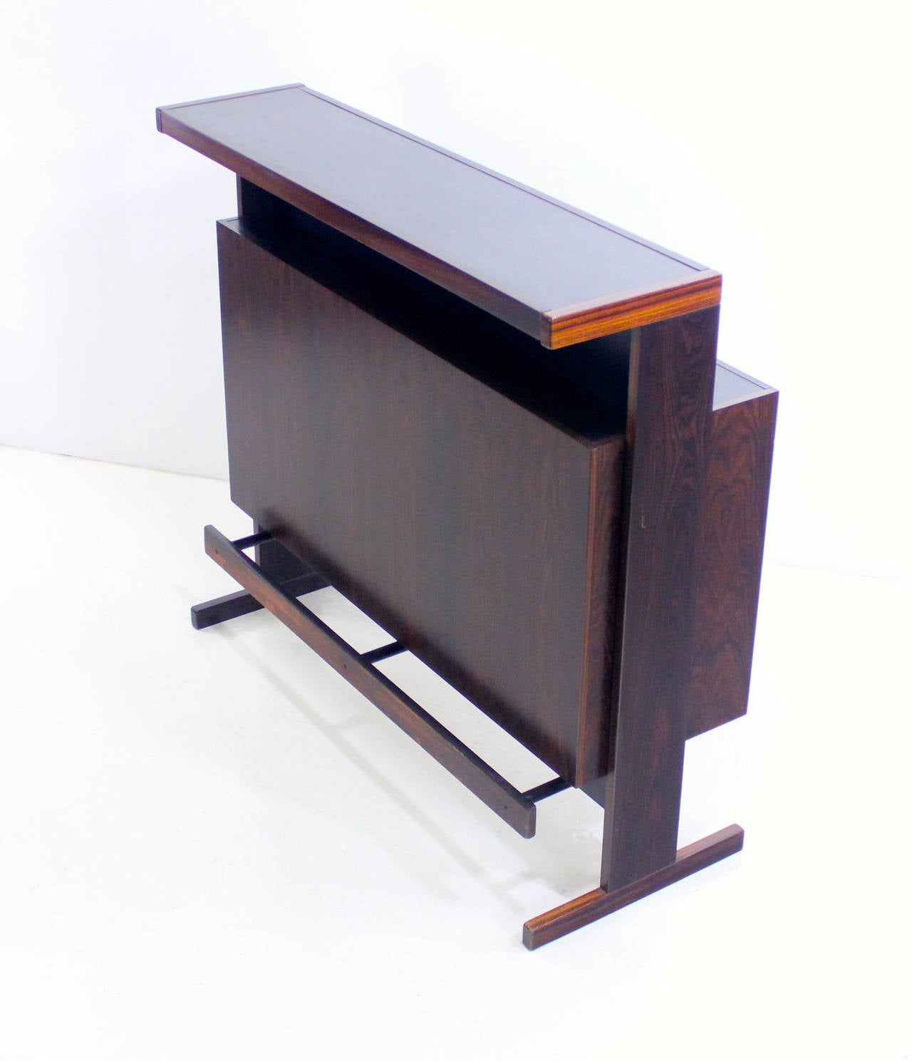 Danish modern rosewood dry bar at 1stdibs for Home dry bar furniture