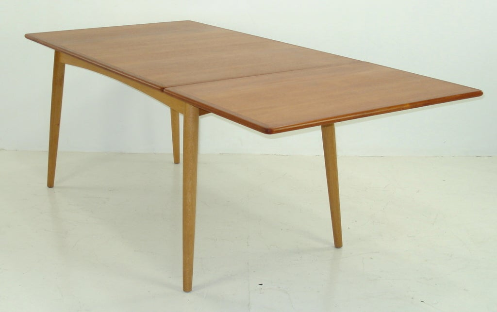 Danish Modern Teak And Oak Drop Leaf Dining Table By Hans Wegner For Sale At