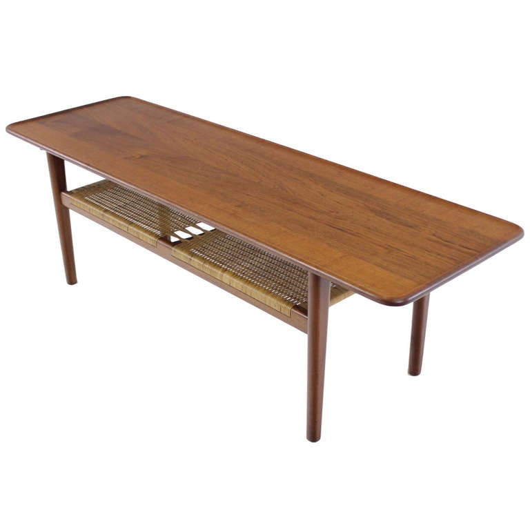 sollid teak dansih modern coffee table designed by hans