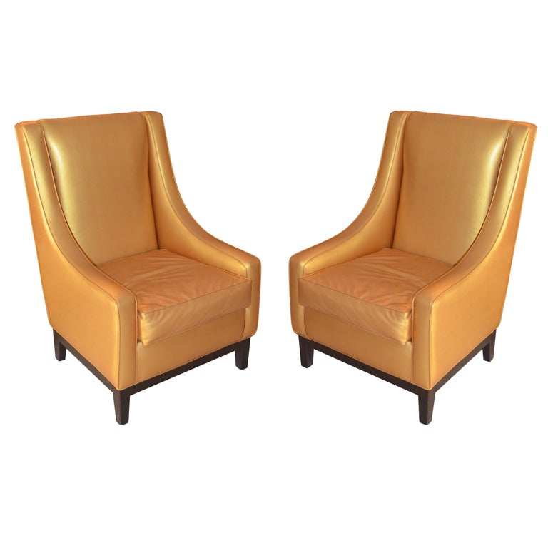 Pair of oversized armchairs at 1stdibs for Oversized armchair