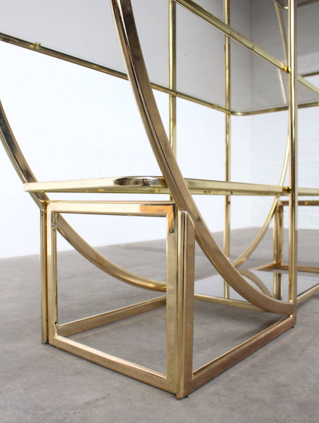 architectural circular brass etagere in the style of milo baughman at 1stdibs. Black Bedroom Furniture Sets. Home Design Ideas