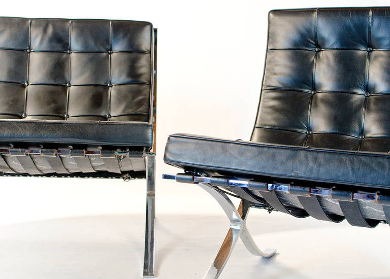 vintage knoll barcelona chair by mies van der rohe for. Black Bedroom Furniture Sets. Home Design Ideas