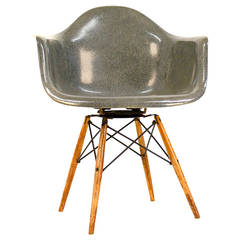 Rope edge Charles Eames PAW Walnut Dowel Leg Swivel Chair