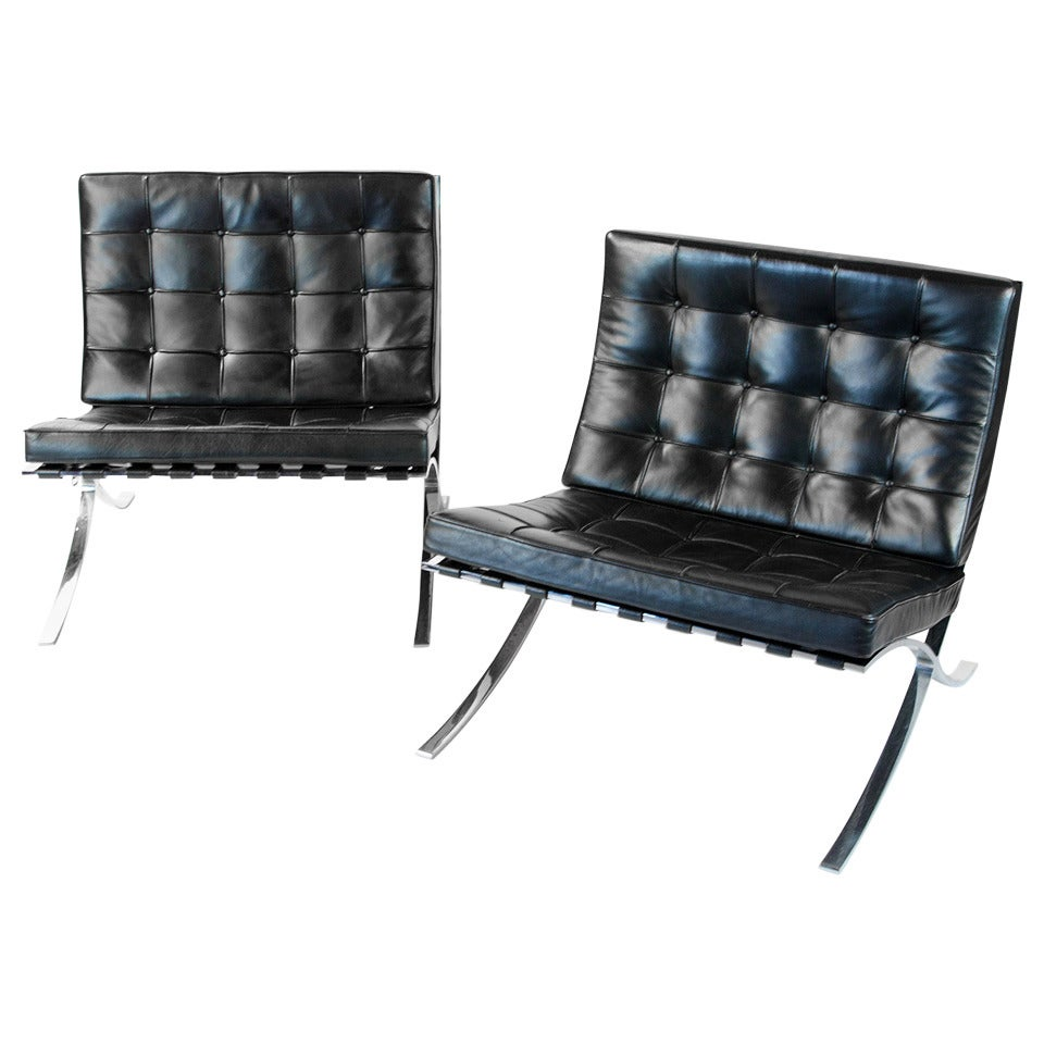 vintage knoll barcelona chair by mies van der rohe for sale at 1stdibs. Black Bedroom Furniture Sets. Home Design Ideas