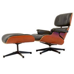 Charles Eames Lounge Chair & ottoman  in Excellent Condition
