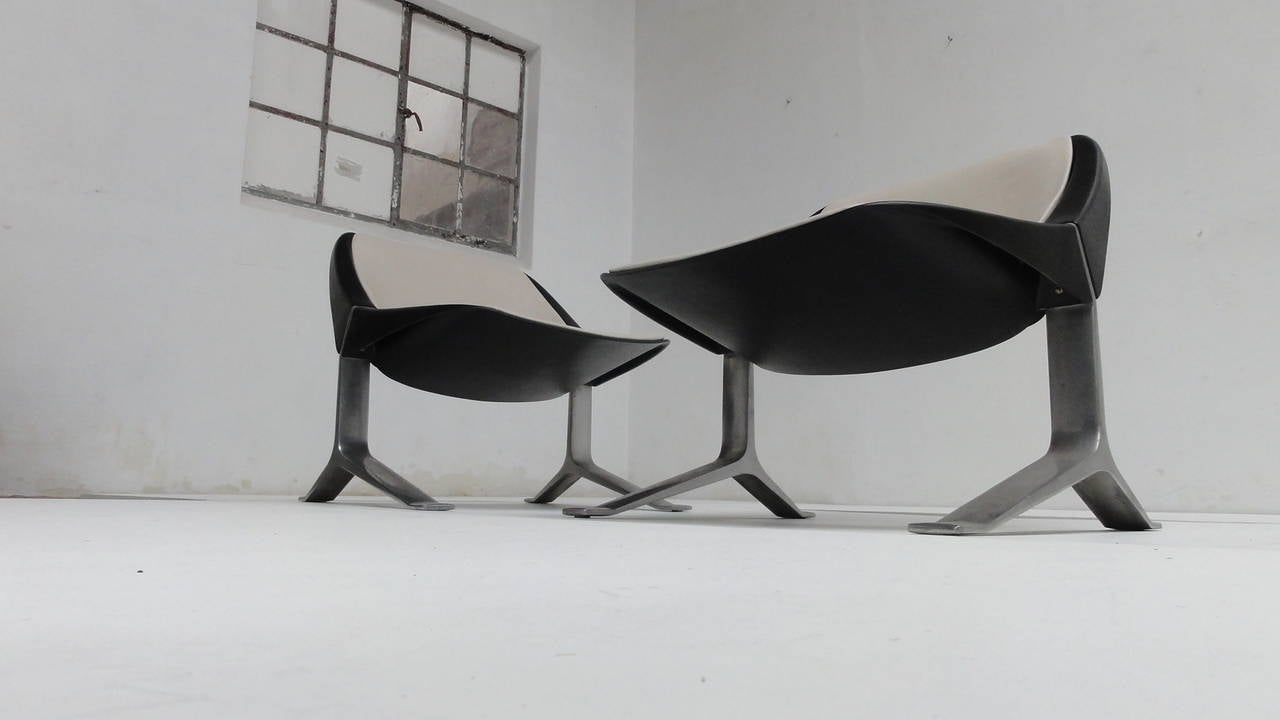German Rare Pair of Lounge Chairs by Sculptor Knut Hesterberg, 1970-1971 For Sale