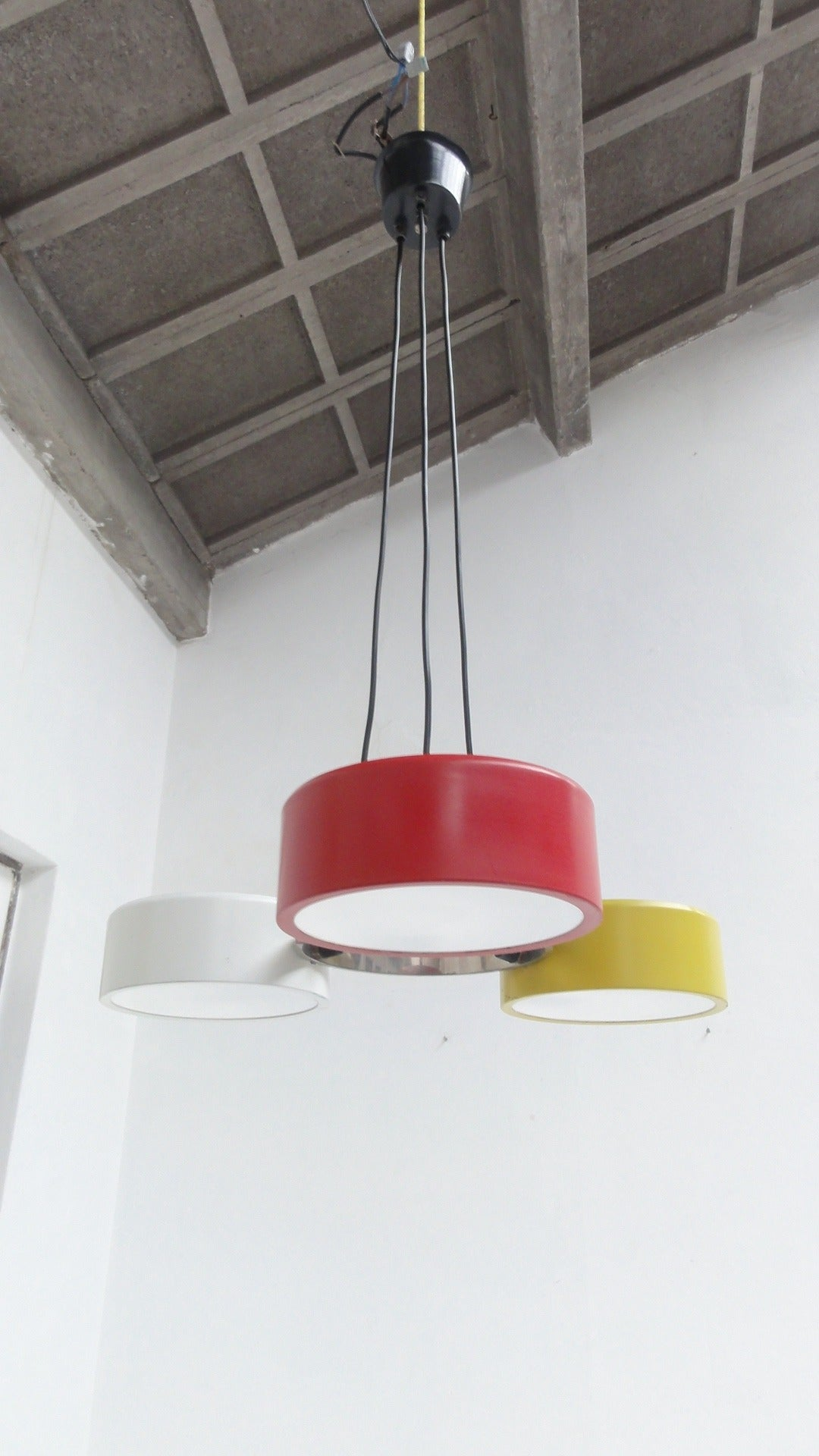 Stunning Three Colored Pendant by Bruno Gatta for Stilnovo, Italy 1950s For Sale 2