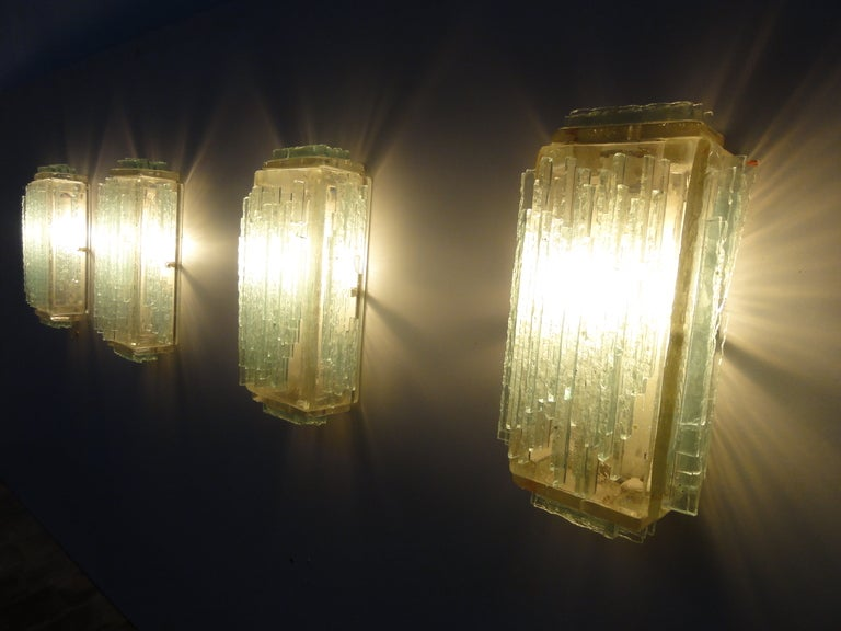 Mid-20th Century Brutalist Form Crystal Appliques Designed By Poliarte, Verona For Hotel For Sale