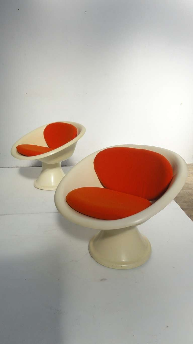 Mid-20th Century Super Rare 'Mecurio' Chairs by French Artist Claude Courtecuisse, Steiner, 1967 For Sale