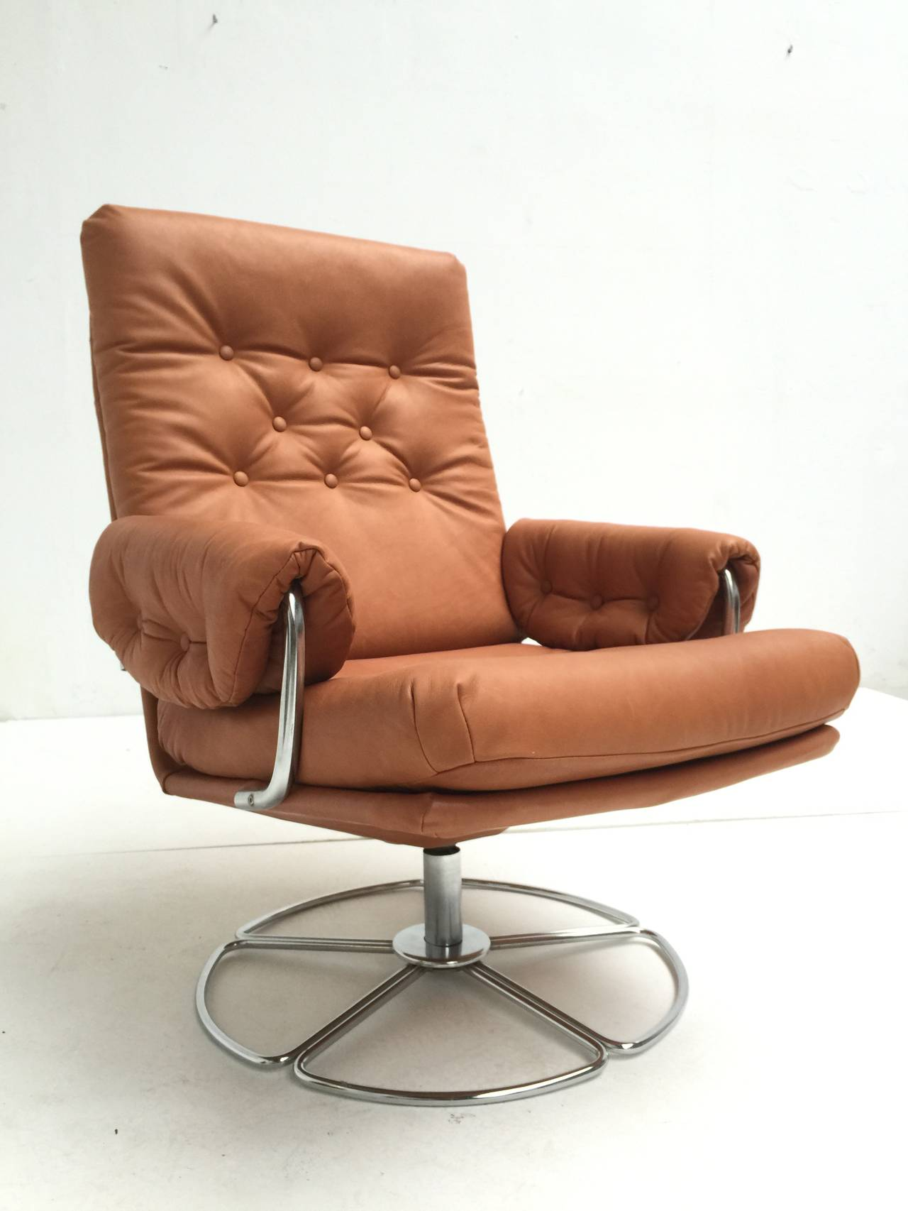 Rare Bruno Mathsson Leather And Chrome Swivel Easy Chair
