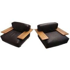 Mario Bellini 'Pianura', Lounge Chairs,Brown Leather & solid Walnut,Cassina,1971