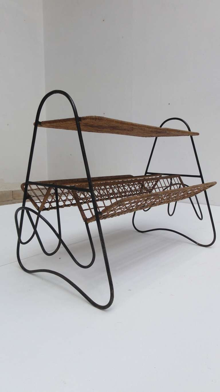 Mid-Century Modern French 1950s Wicker and Metal Side Table or Magazine Rack For Sale