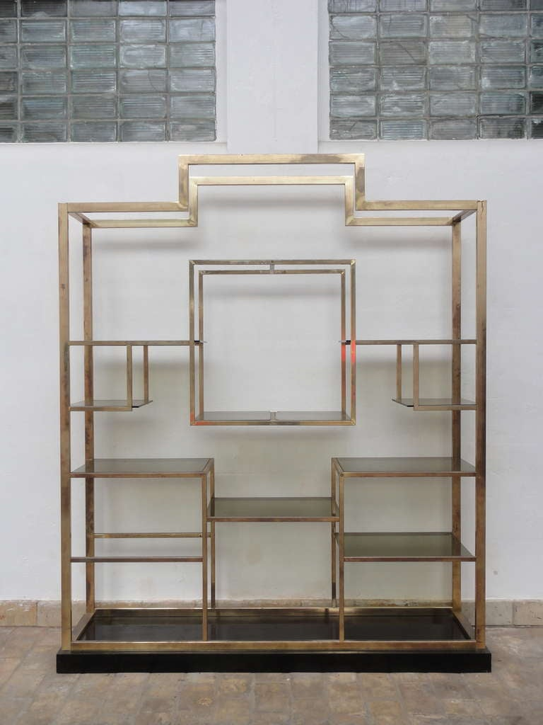 Monumental Geometric Large Brass Shelving by Romeo Rega, Italy, 1970's image 5