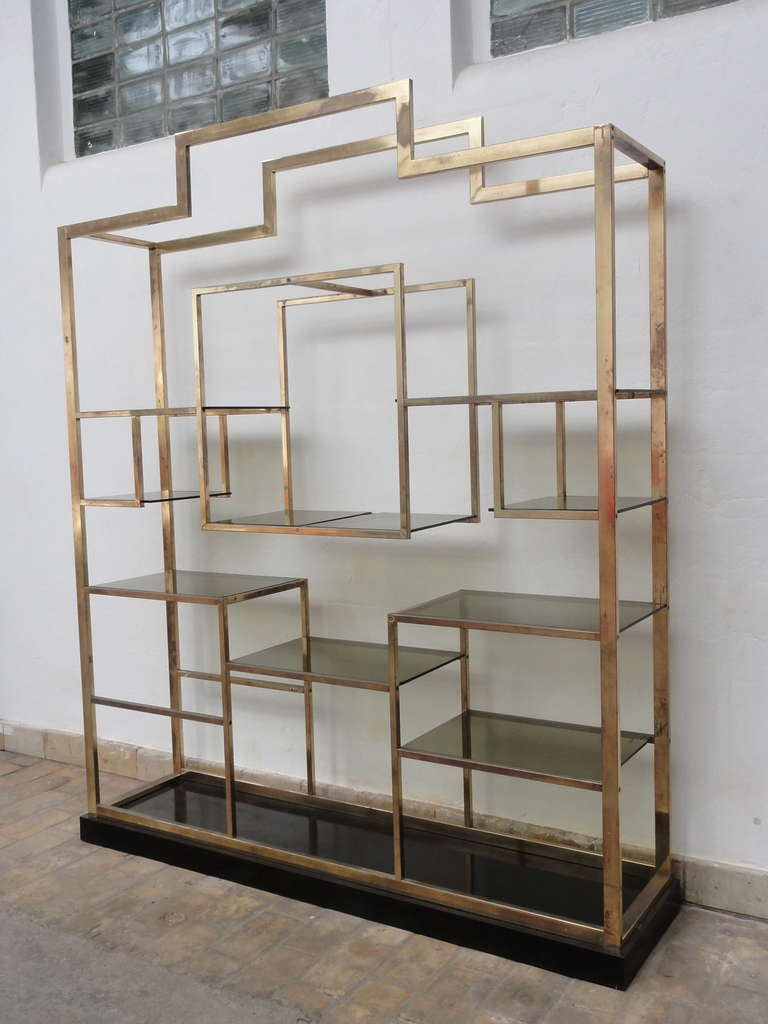 Monumental Geometric Large Brass Shelving by Romeo Rega, Italy, 1970's image 6