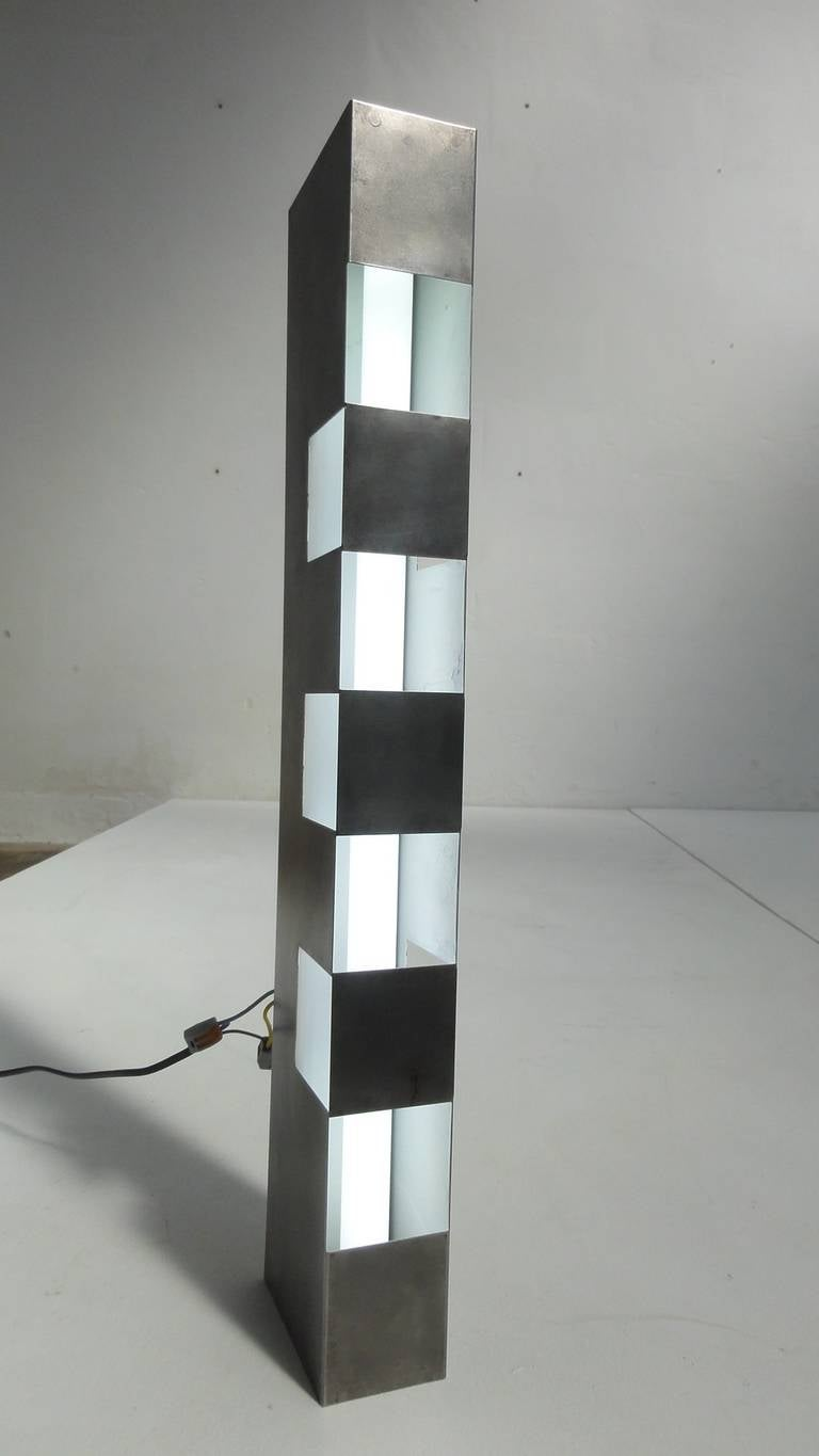 Late 20th Century Beautiful 1960s Italian Stainless Steel Light Sculpture Reminiscent of Sarfatti For Sale