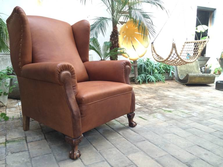 Very Comfortable Neo Gothic 'Griffin Talon' vintage leather Wingback chair 4