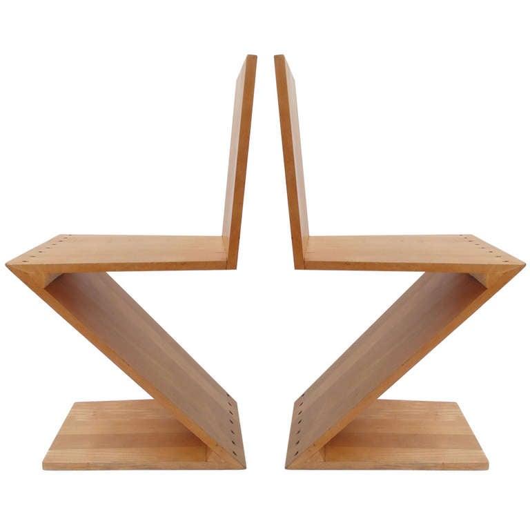 early gerrit thomas rietveld zig zag chairs g a van de groenekan at 1stdibs. Black Bedroom Furniture Sets. Home Design Ideas