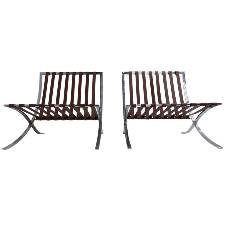 Very Rare Pair of 1947-1954 Production Mies van der Rohe ''Barcelona'' Chairs For Sale