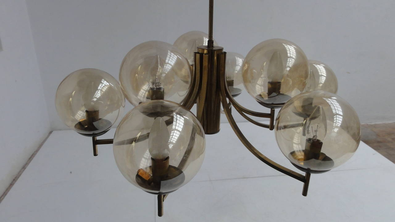 Mid-20th Century 1950's Italian glass & brass chandelier with 9 glass globes For Sale