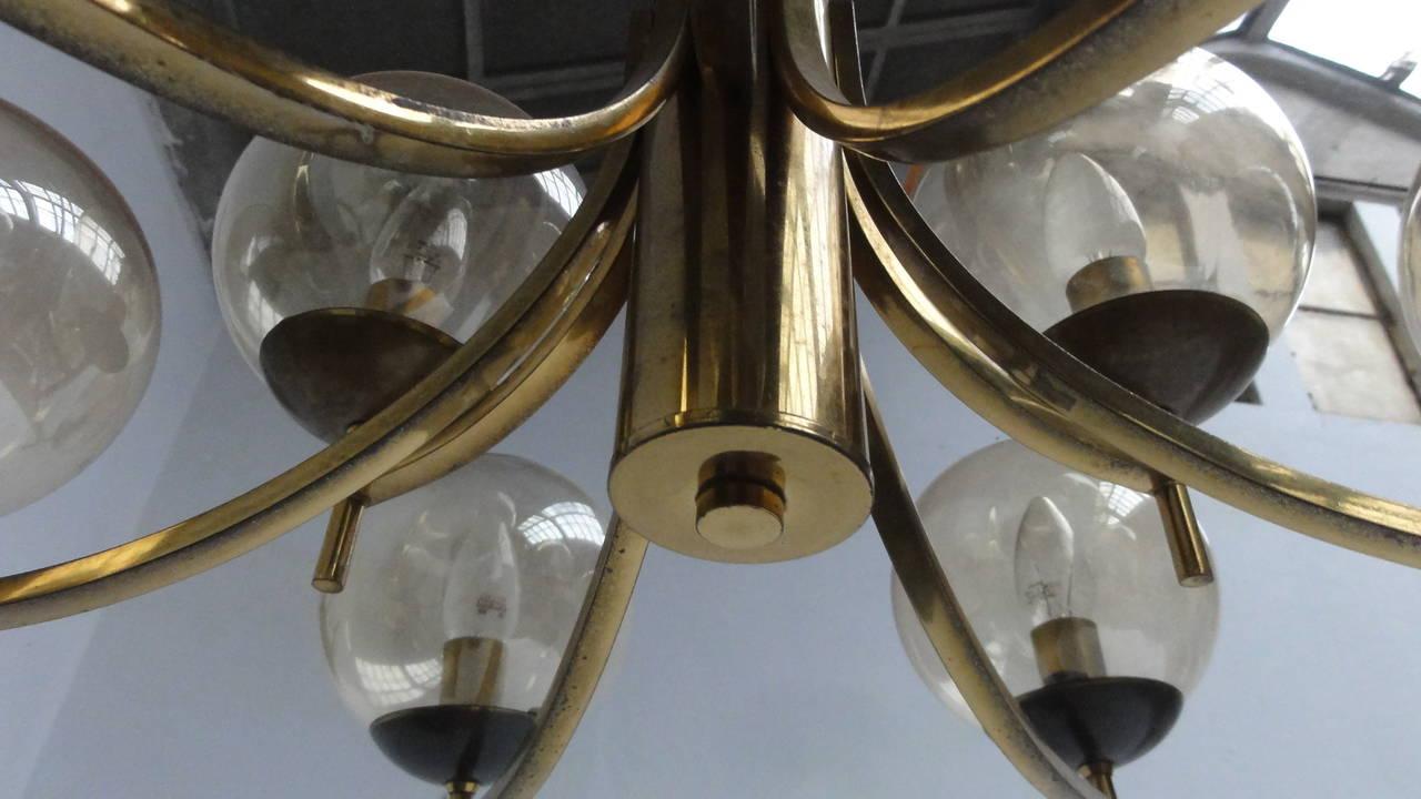 1950's Italian glass & brass chandelier with 9 glass globes For Sale 2