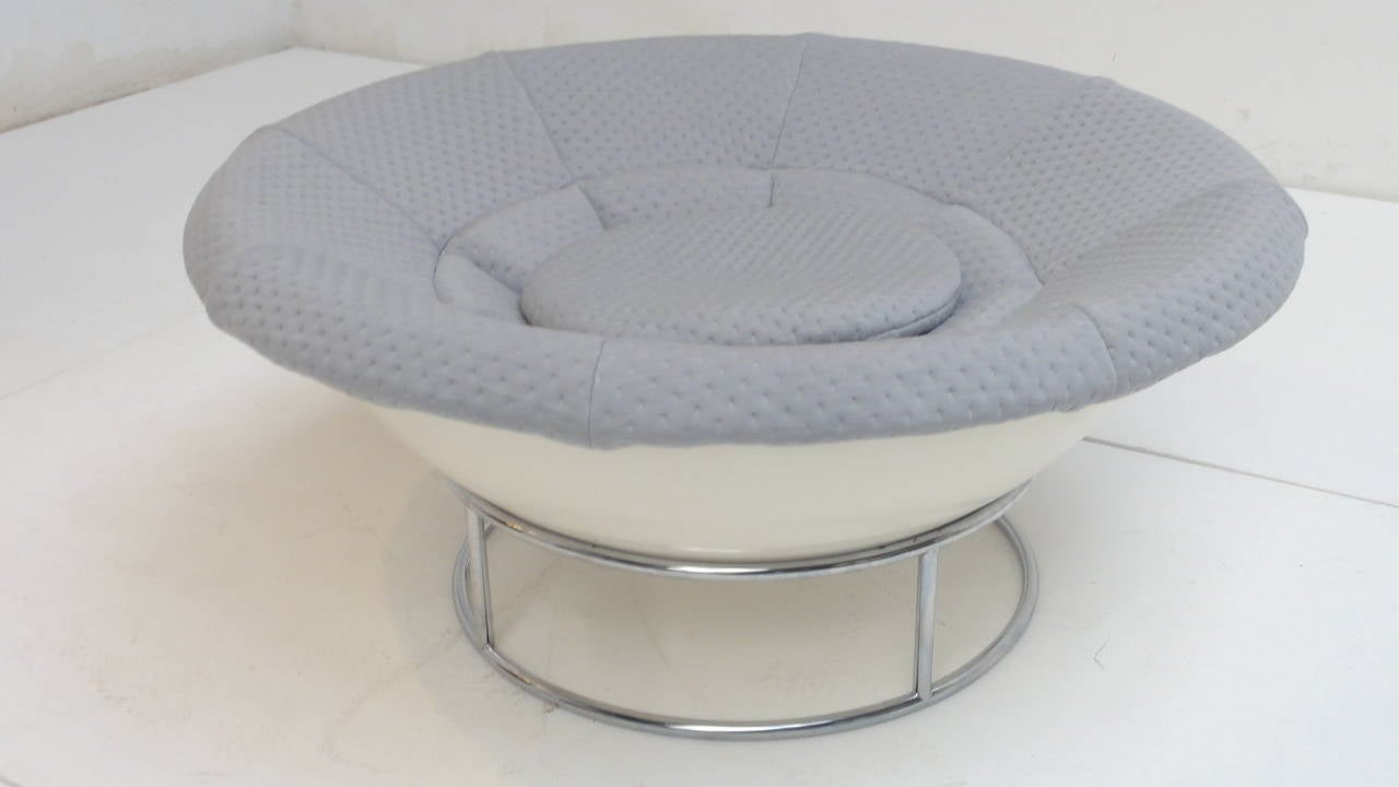 1970s 'Bird's Nest' Verner Panton Style Lounge Chair For Sale 3