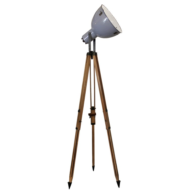 Tripod lipec 1 in stock vintage industrial spotlight for Winston studio spotlight floor lamp on tripod