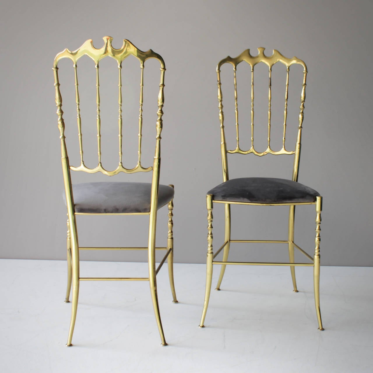 Pair of Brass Italian Chiavari Chairs For Sale at 1stdibs