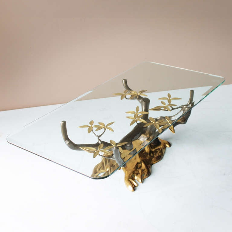 Brass 'Tree' Coffee Table by Willy Daro In Good Condition In JM Haarlem, NL