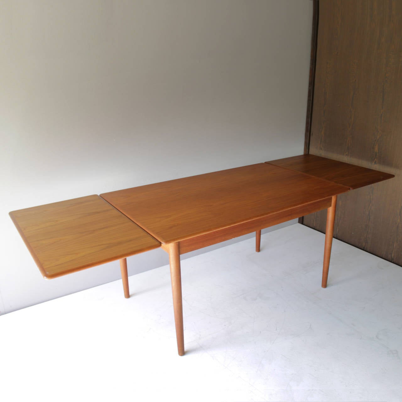 Danish teak dining room table with two leaves for sale at for Dining room table 2 leaves