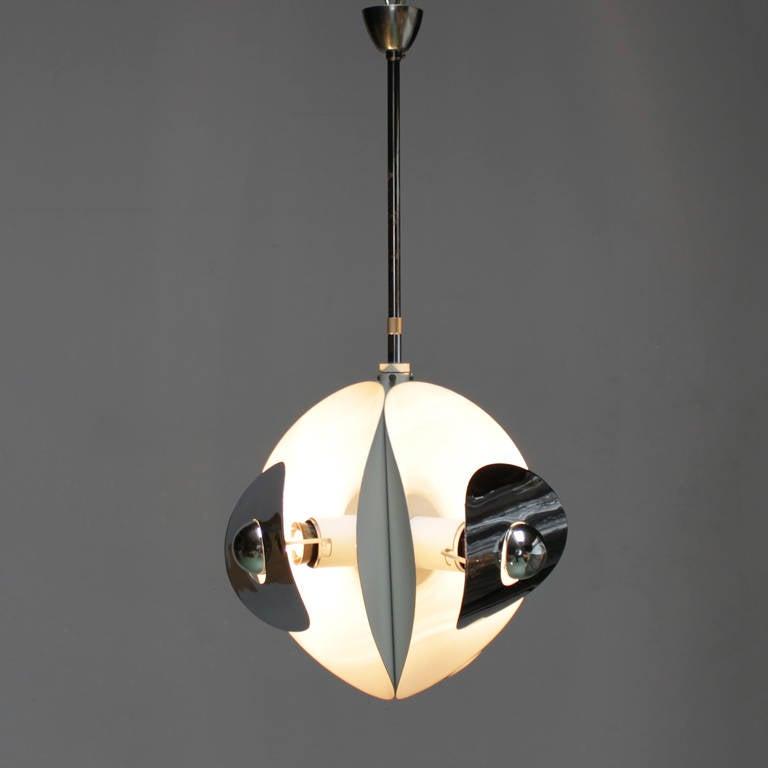 Late 20th Century Set of Three Italian Mirror Pendants by Brevettato For Sale