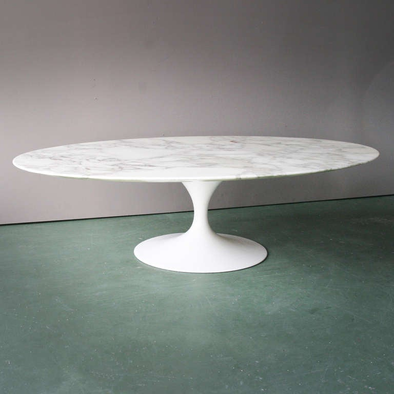 Oval Coffee Table By Eero Saarinen For Knoll At 1stdibs