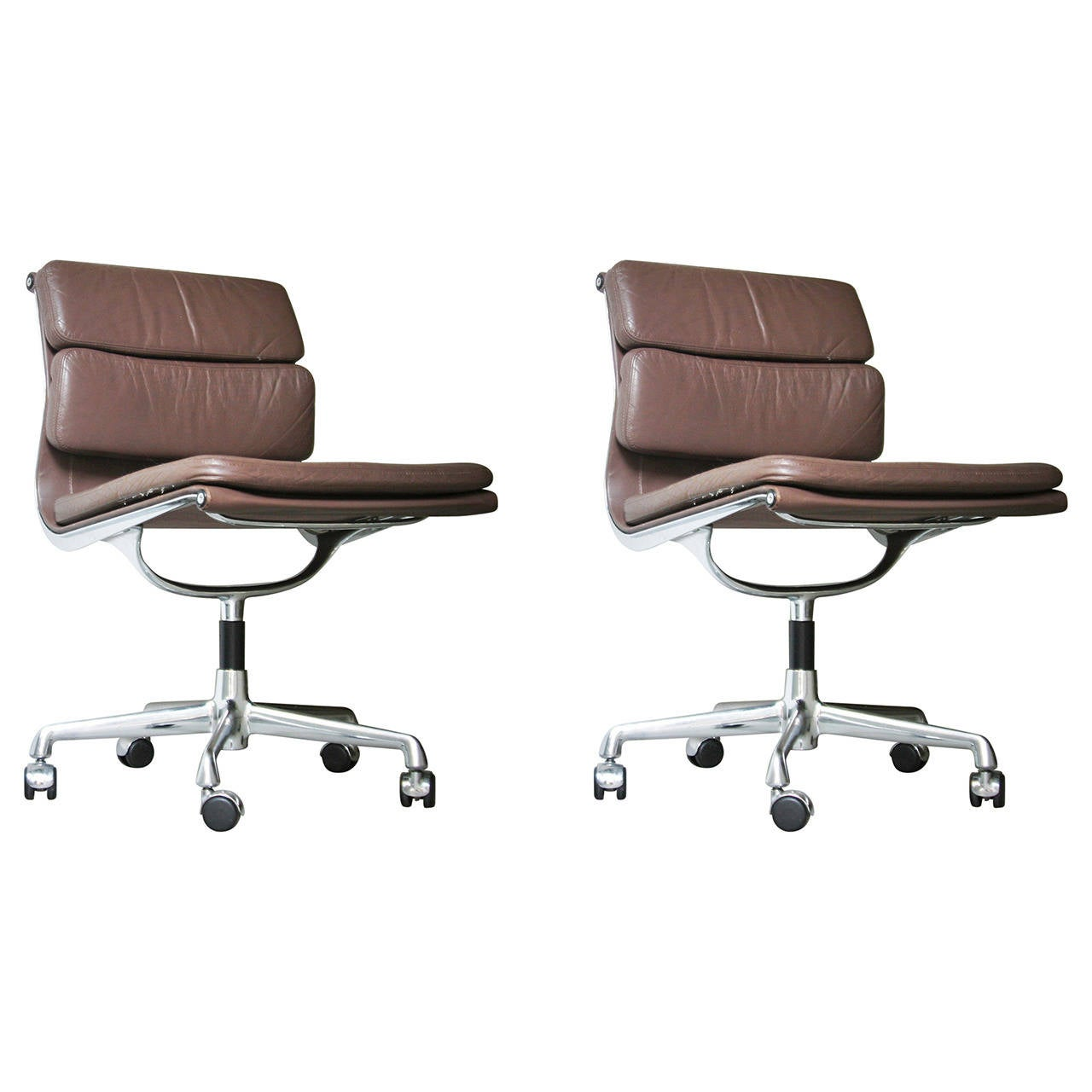 Pair Of Eames Ea 205 Chairs At 1stdibs