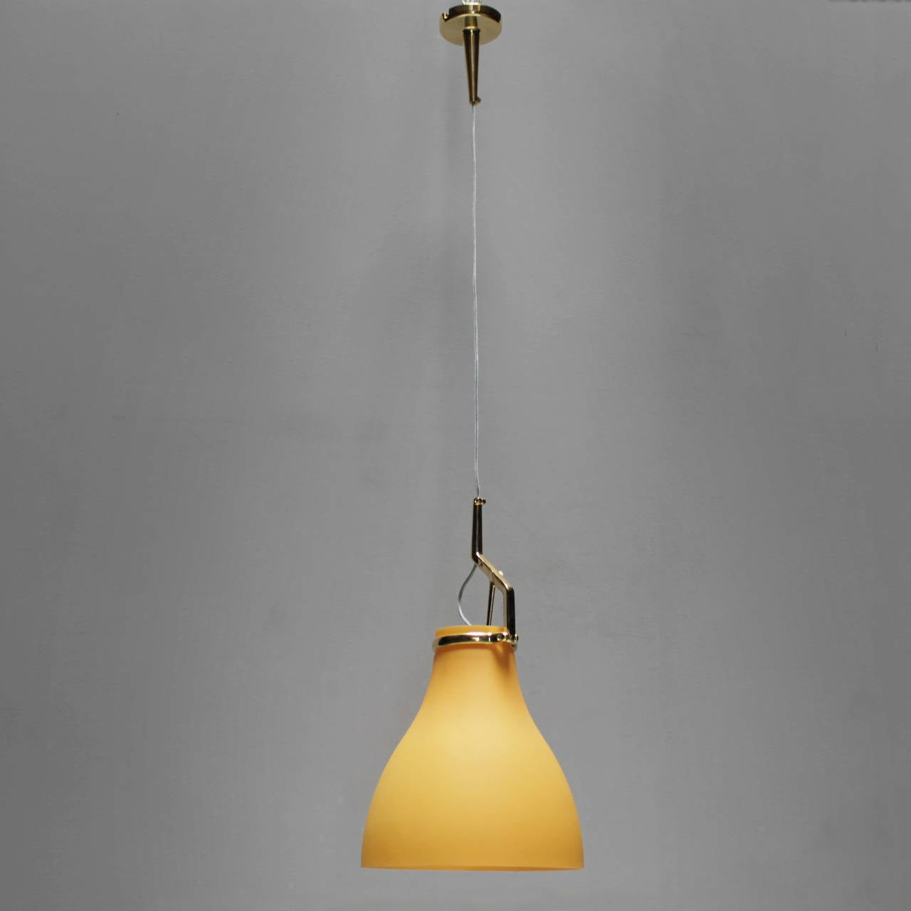 Mid-Century Modern Large Pendant by Paolo Rizzatto for Luceplan Italy For Sale