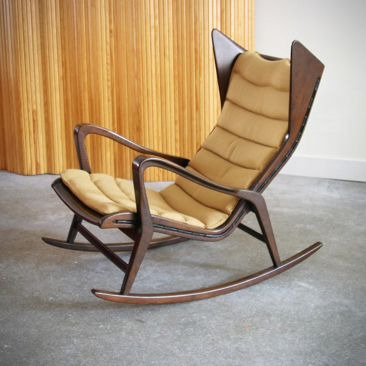 Rocking chair by Gio Ponti. Manufactured by Cassina.