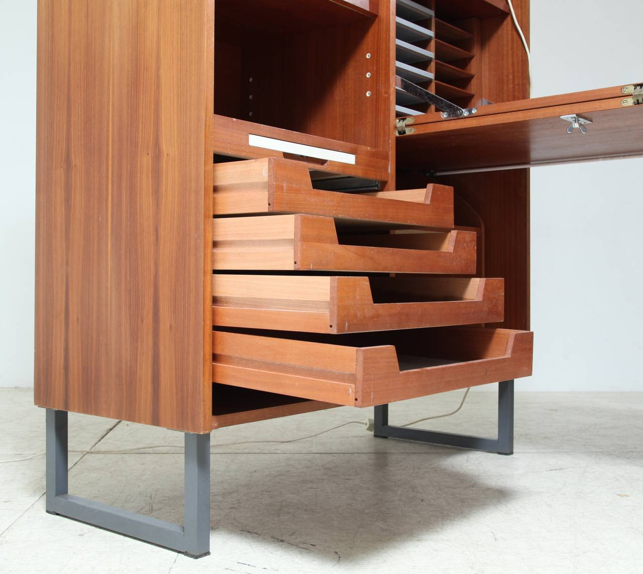 how to make a fold out desk
