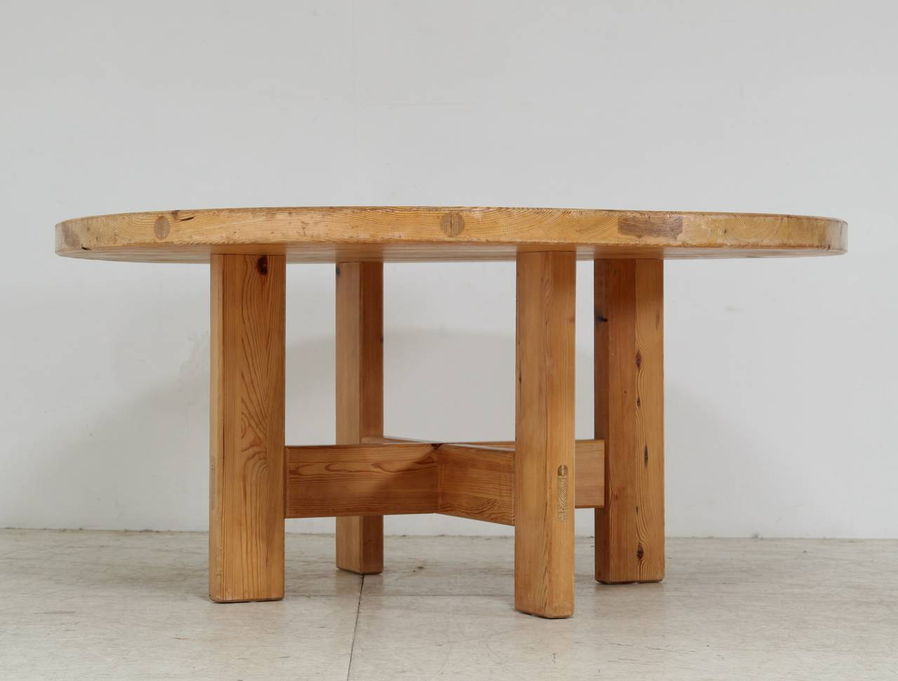 Silverglade Bedroom Set Round Pine Dining Table Jofran Reclaimed Pine Round To