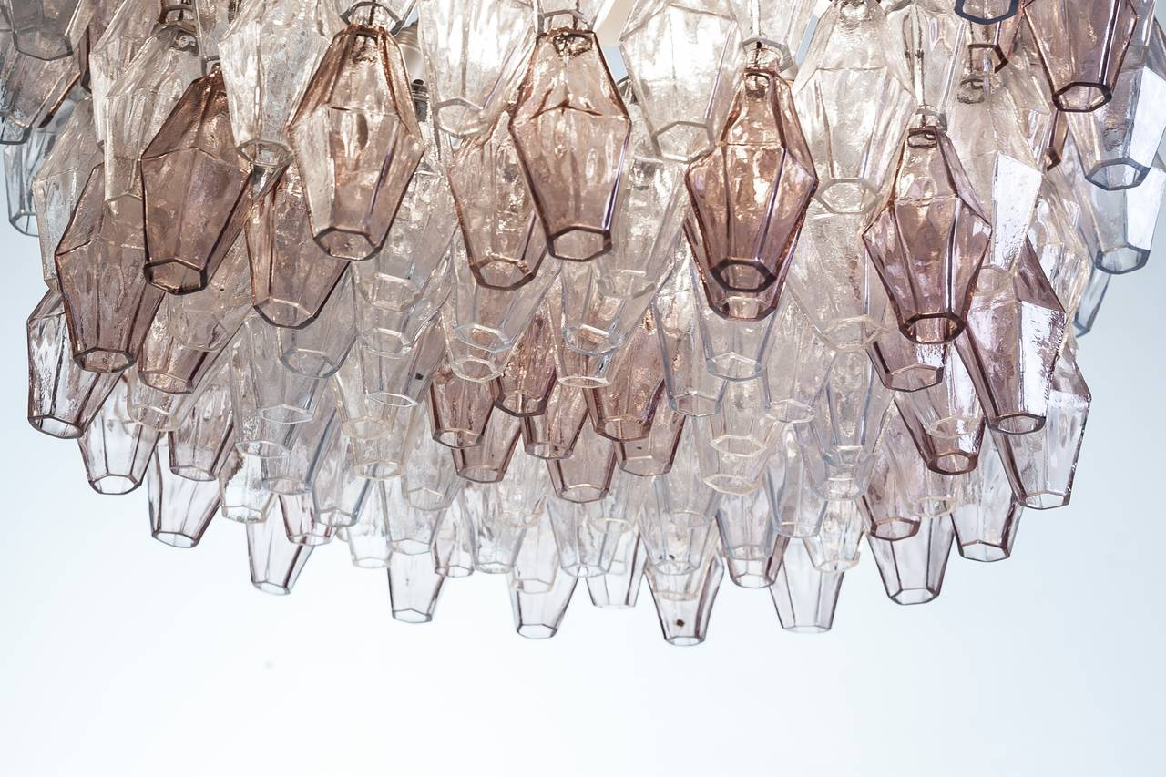 Metal Pair of Carlo Scarpa Extra Large 245 Murano Glass Pieces 'Poliedri' Chandeliers For Sale