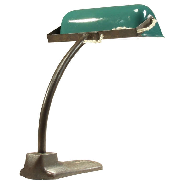 1930s Italian desk lamp with bronze foot and green enameled shade