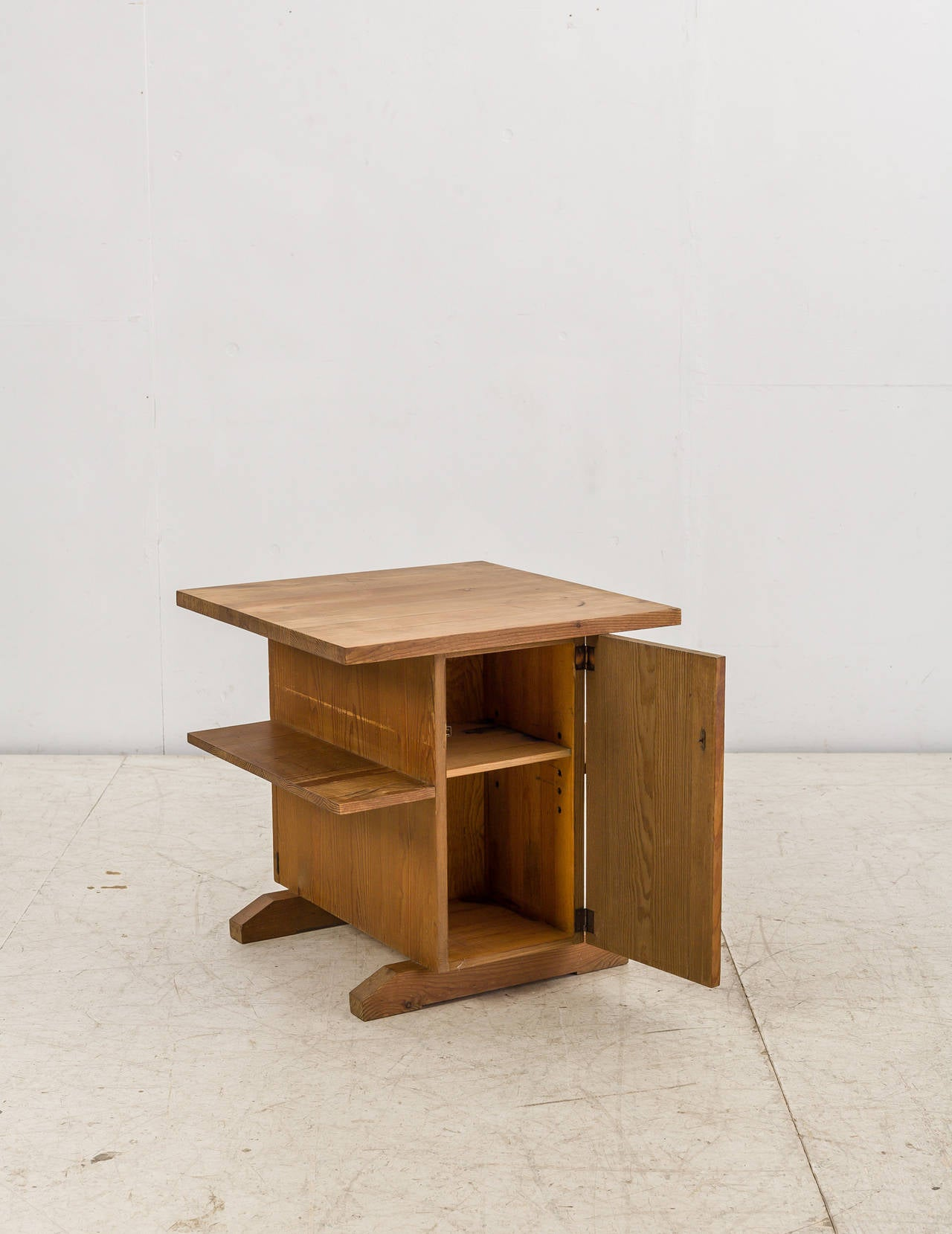 Small Coffee Table Mini Bar or Bedside Table in Pine from Sweden
