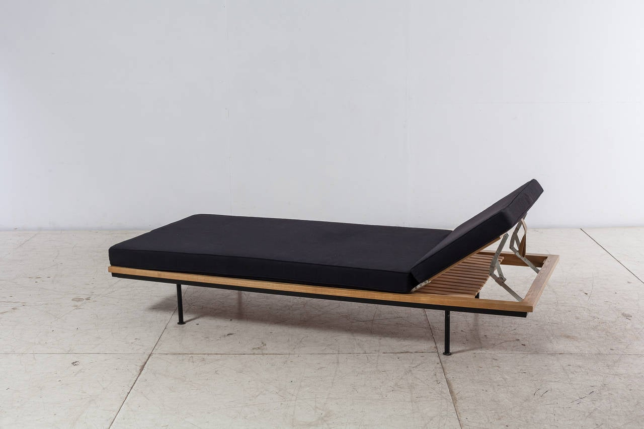 Mid-Century Modern Kurt Thut Daybed with Adjustable Headrest, Swiss, 1950s For Sale