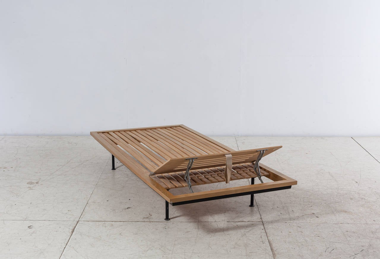 Fabric Kurt Thut Daybed with Adjustable Headrest, Swiss, 1950s For Sale